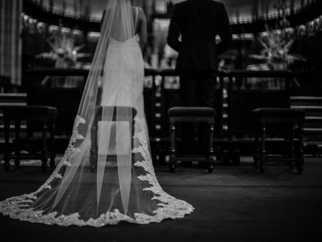 La boda de Francis y Christina en Donostia-San Sebastián, Guipúzcoa 41