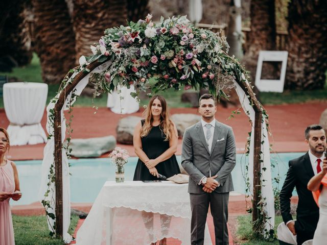 La boda de Adrián y Jenifer en Santa Maria De Guia, Las Palmas 24