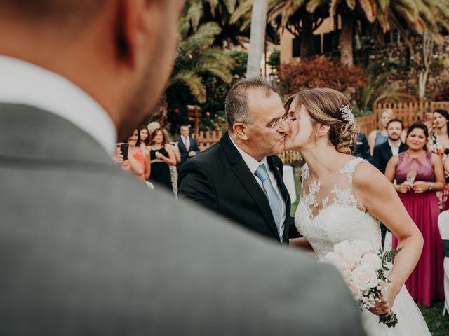 La boda de Adrián y Jenifer en Santa Maria De Guia, Las Palmas 27