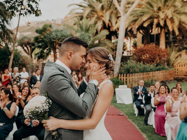 La boda de Adrián y Jenifer en Santa Maria De Guia, Las Palmas 44