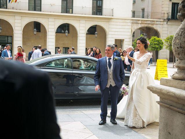 La boda de Raúl y Ana en Alacant/alicante, Alicante 34