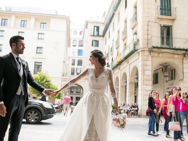 La boda de Raúl y Ana en Alacant/alicante, Alicante 51