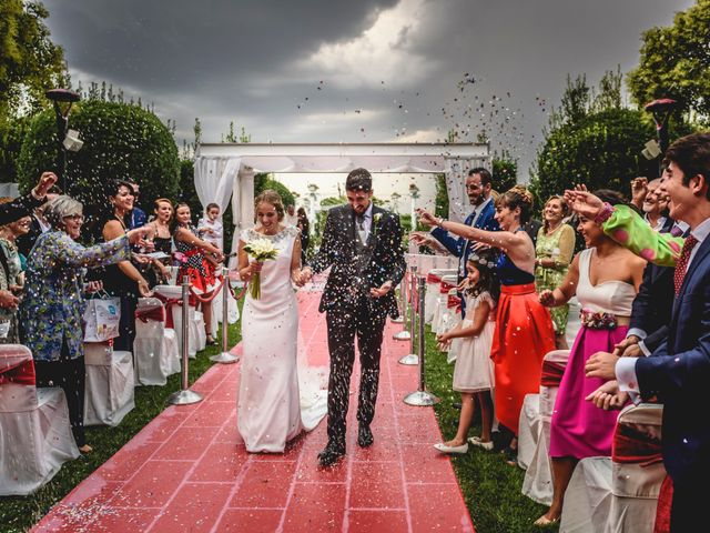 La boda de Belen y Victor en Madrid, Madrid 22