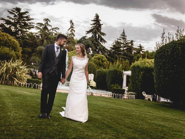 La boda de Belen y Victor en Madrid, Madrid 27