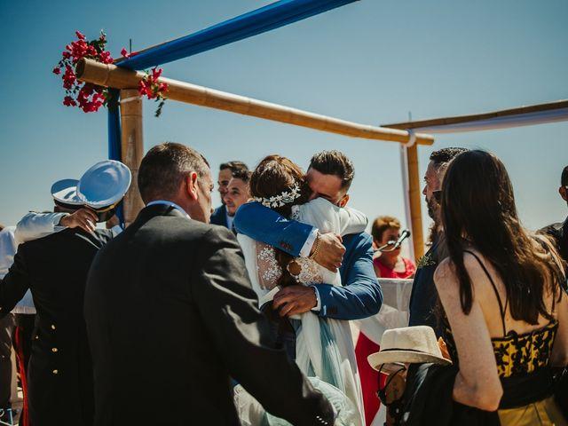 La boda de Jorge y Esperanza en El Palmar, Cádiz 43