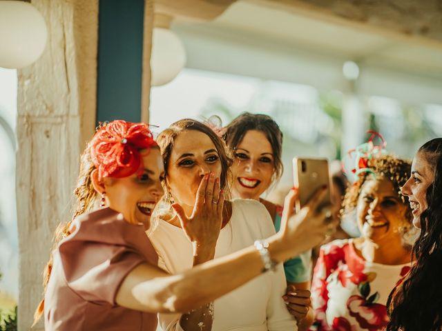 La boda de Jorge y Esperanza en El Palmar, Cádiz 57