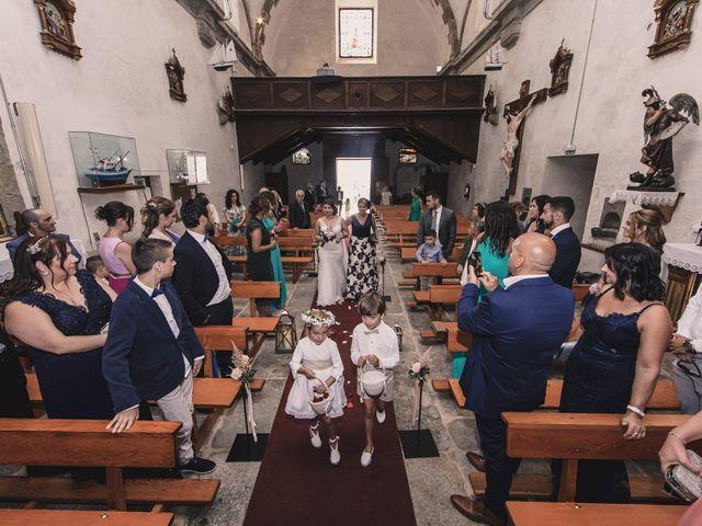La boda de Santi y Jenni en Muxia, A Coruña 28