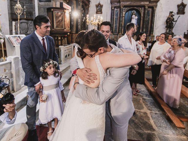 La boda de Santi y Jenni en Muxia, A Coruña 32
