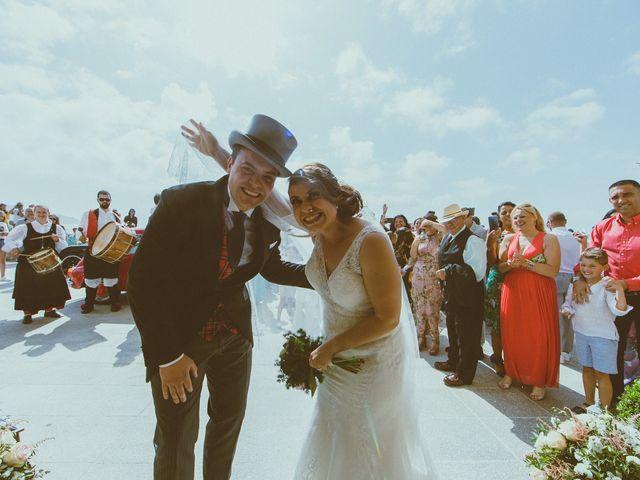 La boda de Santi y Jenni en Muxia, A Coruña 34