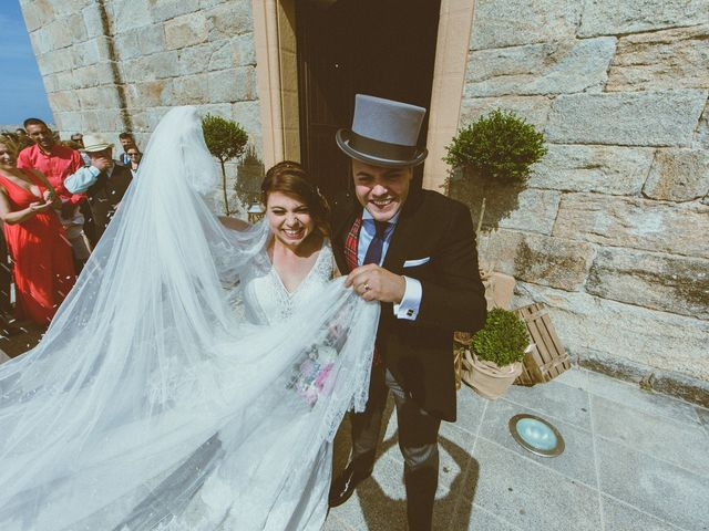 La boda de Santi y Jenni en Muxia, A Coruña 35