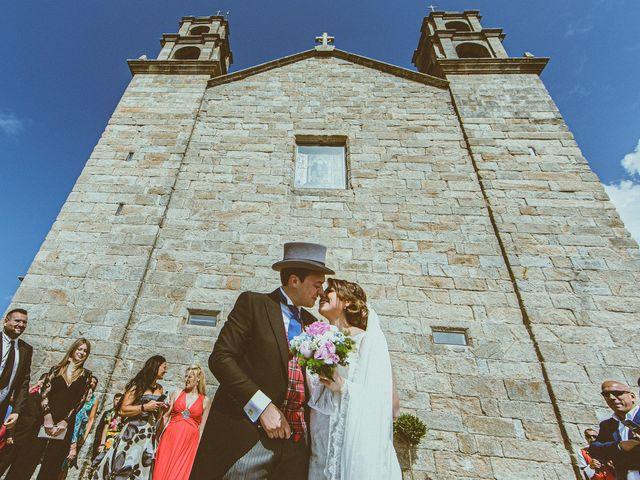 La boda de Santi y Jenni en Muxia, A Coruña 37
