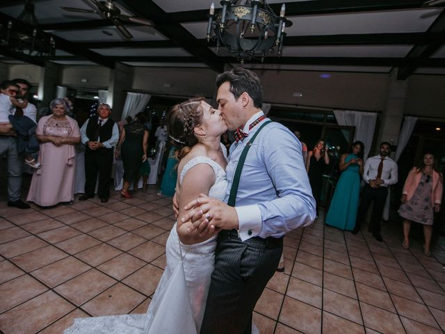 La boda de Santi y Jenni en Muxia, A Coruña 51