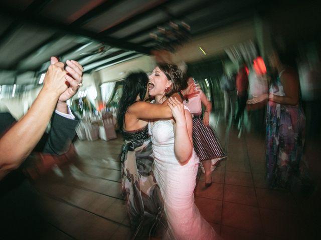 La boda de Santi y Jenni en Muxia, A Coruña 53