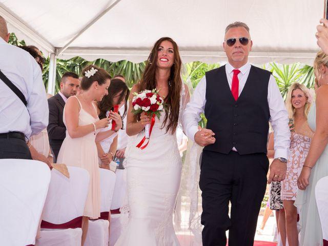 La boda de Tom y Becky en Pueblo Benalmadena, Málaga 11