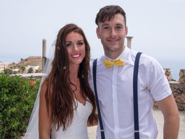 La boda de Tom y Becky en Pueblo Benalmadena, Málaga 15