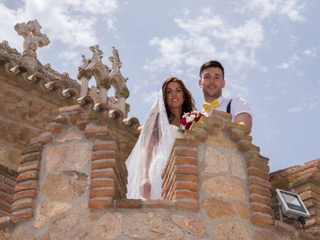 La boda de Tom y Becky en Pueblo Benalmadena, Málaga 25