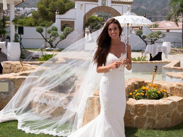 La boda de Tom y Becky en Pueblo Benalmadena, Málaga 33