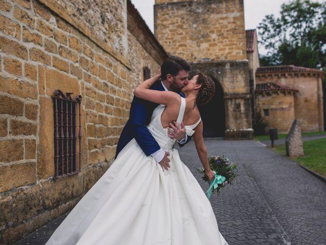 La boda de Manu y Claudia en Cangas De Onis, Asturias 15