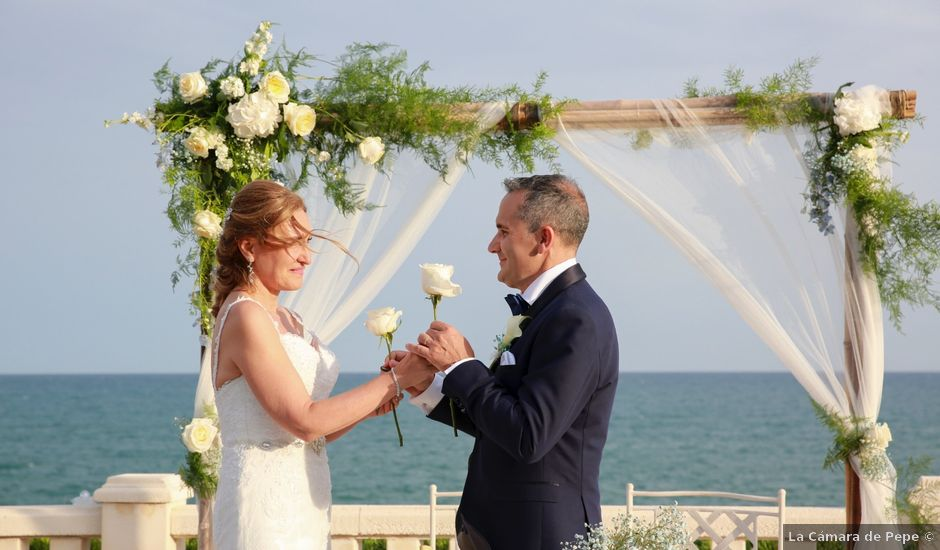 La boda de Giuseppe y Teresa en Vilanova I La Geltru, Barcelona