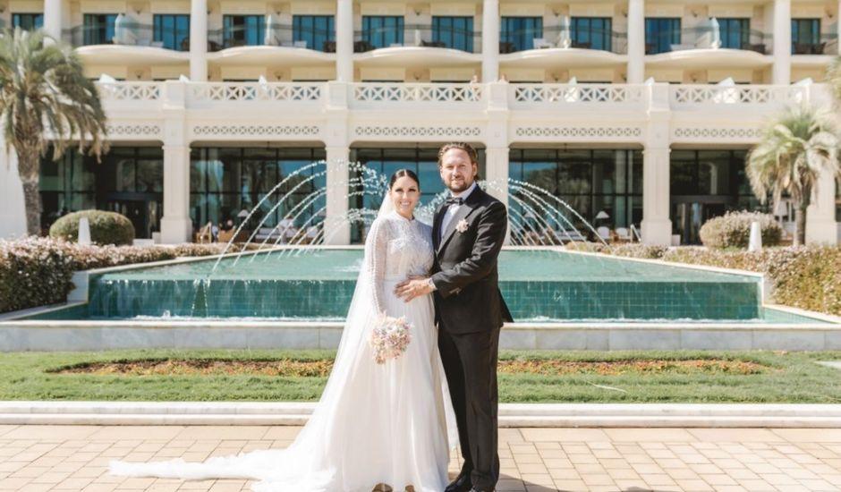 La boda de Andrés  y Isabel en Valencia, Valencia
