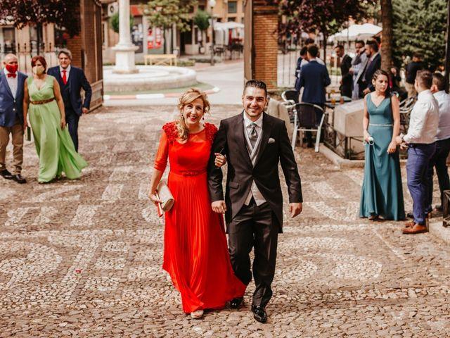 La boda de Juanvi  y María Teresa  en Valdepeñas, Ciudad Real 19