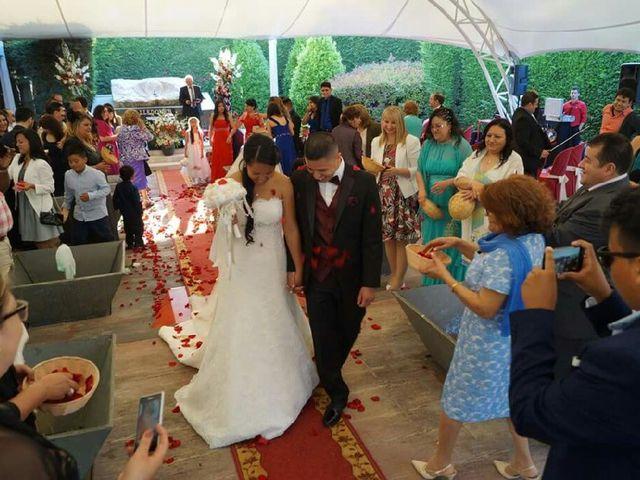 La boda de Moises y Eunice en Vallirana, Barcelona 10