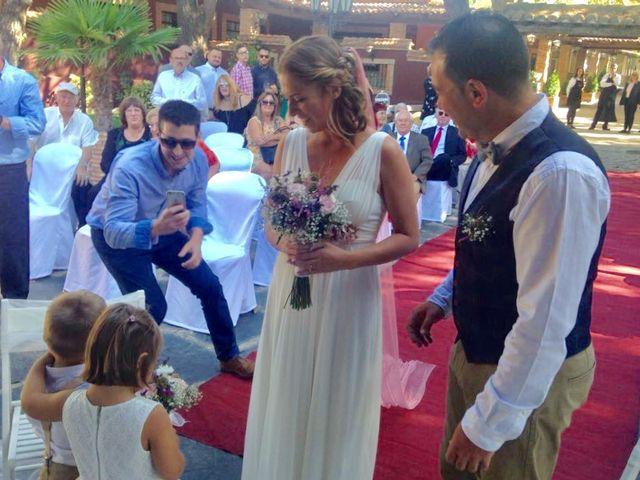 La boda de Miguel  y Veronica  en Talamanca Del Jarama, Madrid 10