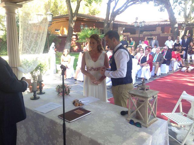 La boda de Miguel  y Veronica  en Talamanca Del Jarama, Madrid 11