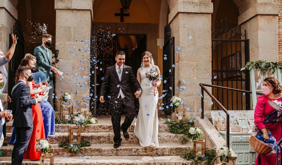 La boda de Juanvi  y María Teresa  en Valdepeñas, Ciudad Real