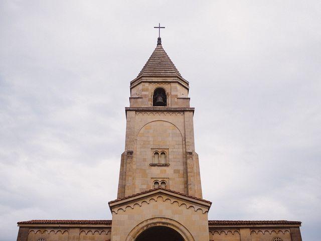 La boda de David y Eva en Gijón, Asturias 33