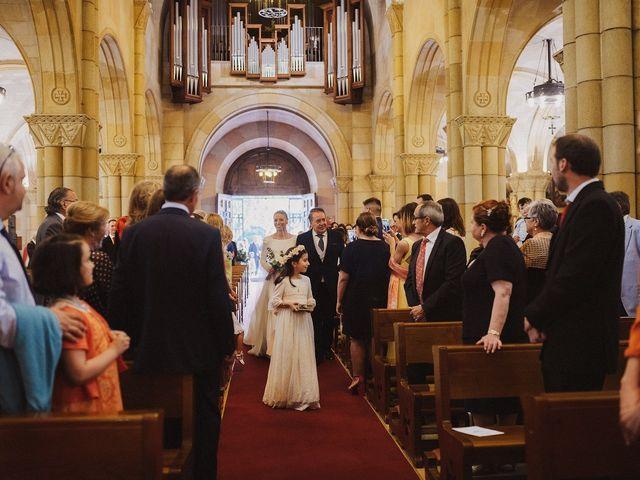 La boda de David y Eva en Gijón, Asturias 36