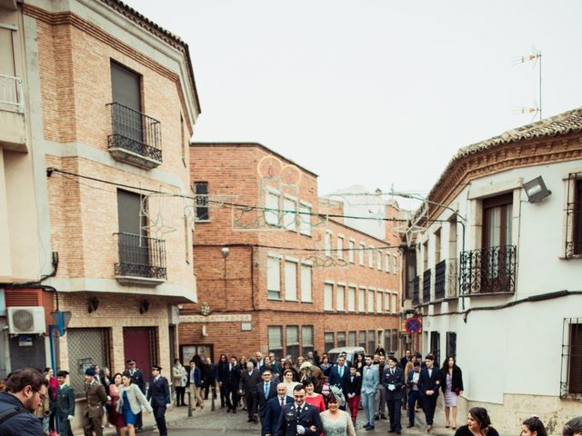La boda de Javi y Sonia en Villarrubia De Los Ojos, Ciudad Real 20