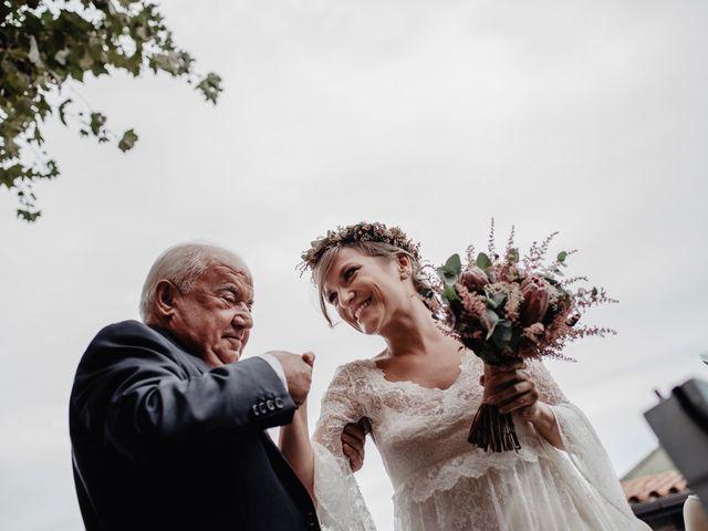 La boda de Dani y Moni en Gijón, Asturias 111