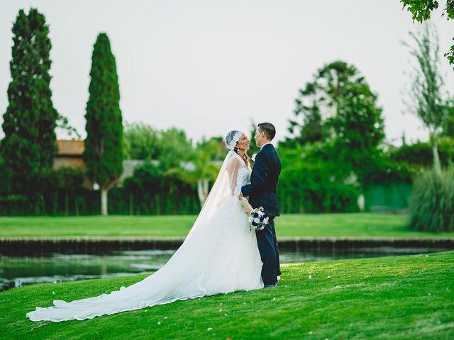 La boda de Carlos y Yaiza en Estepona, Málaga 27