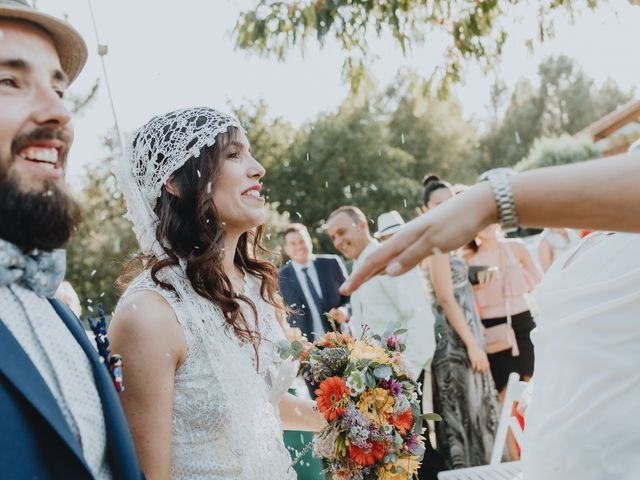 La boda de Santiago y Tamara en Vilarnaz, Orense 53