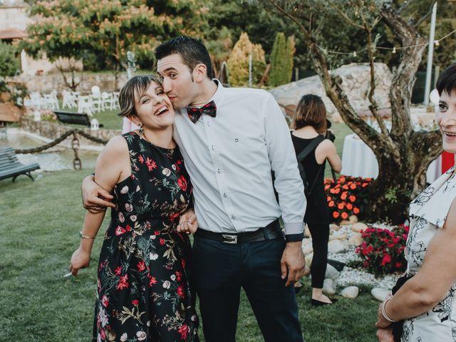 La boda de Santiago y Tamara en Vilarnaz, Orense 75