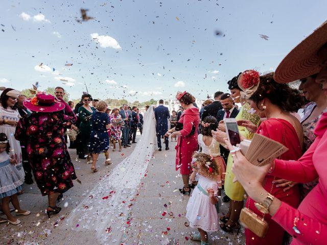 La boda de Mingo y María en Bollullos Par Del Condado, Huelva 31