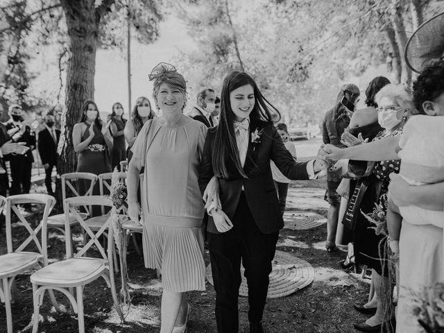La boda de Bego y Iris en Valencia, Valencia 35