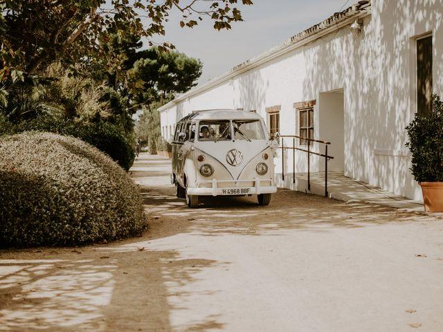 La boda de Bego y Iris en Valencia, Valencia 37
