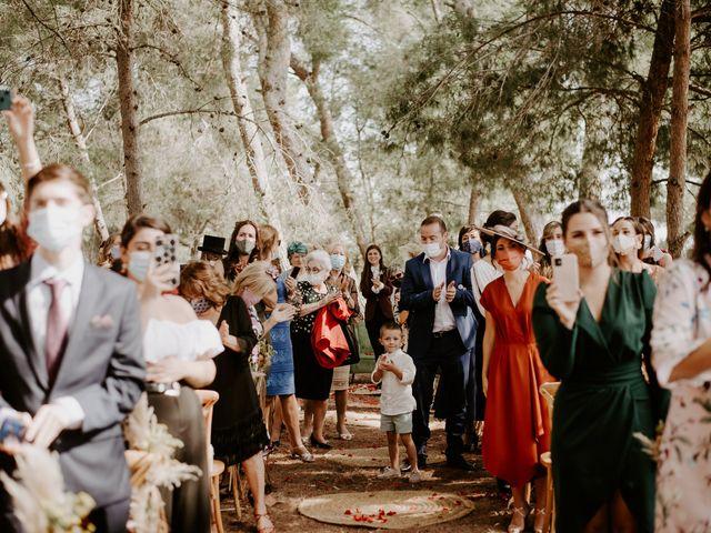La boda de Bego y Iris en Valencia, Valencia 40
