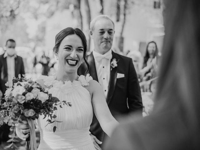 La boda de Bego y Iris en Valencia, Valencia 43