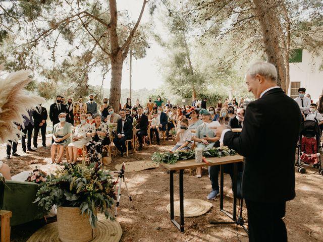 La boda de Bego y Iris en Valencia, Valencia 68