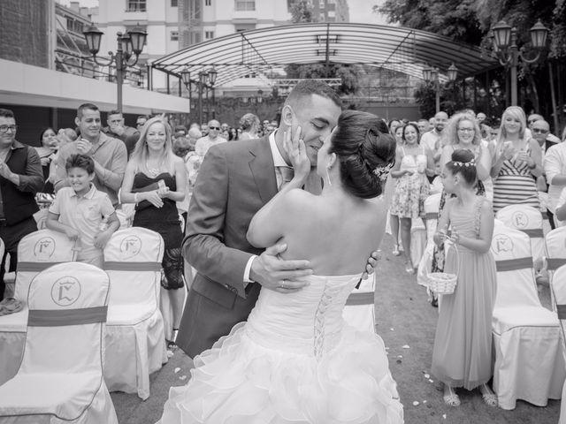 La boda de Ruyman y Tibiabin en Santa Cruz De Tenerife, Santa Cruz de Tenerife 11