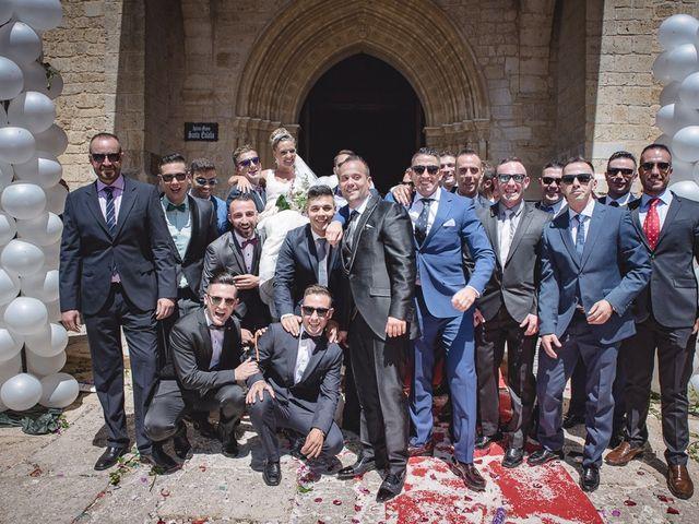 La boda de Alberto y Demelsa en Paredes De Nava, Palencia 24