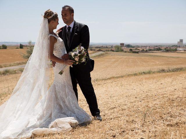 La boda de Alberto y Demelsa en Paredes De Nava, Palencia 37