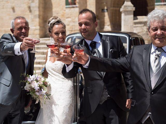 La boda de Alberto y Demelsa en Paredes De Nava, Palencia 39