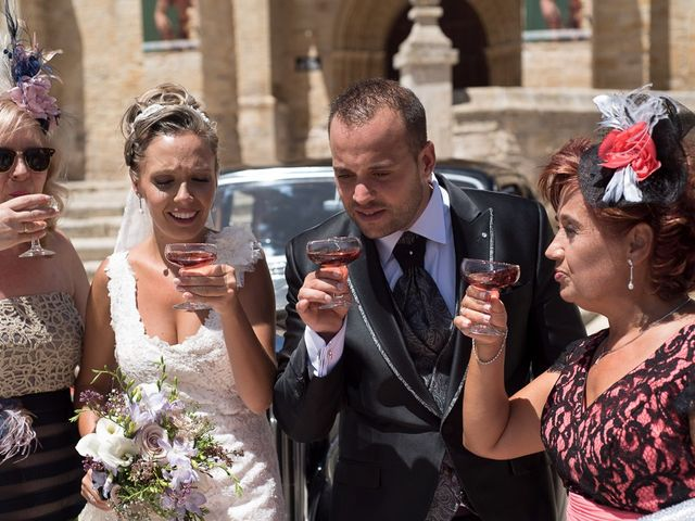 La boda de Alberto y Demelsa en Paredes De Nava, Palencia 40