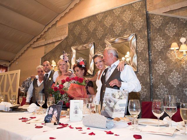 La boda de Alberto y Demelsa en Paredes De Nava, Palencia 45