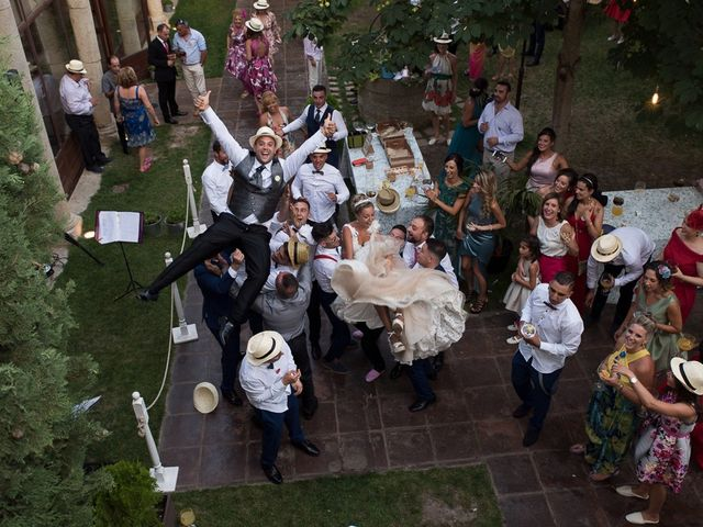 La boda de Alberto y Demelsa en Paredes De Nava, Palencia 62