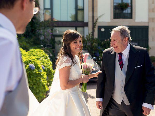 La boda de Albert y Isabel en Santiago De Compostela, A Coruña 15